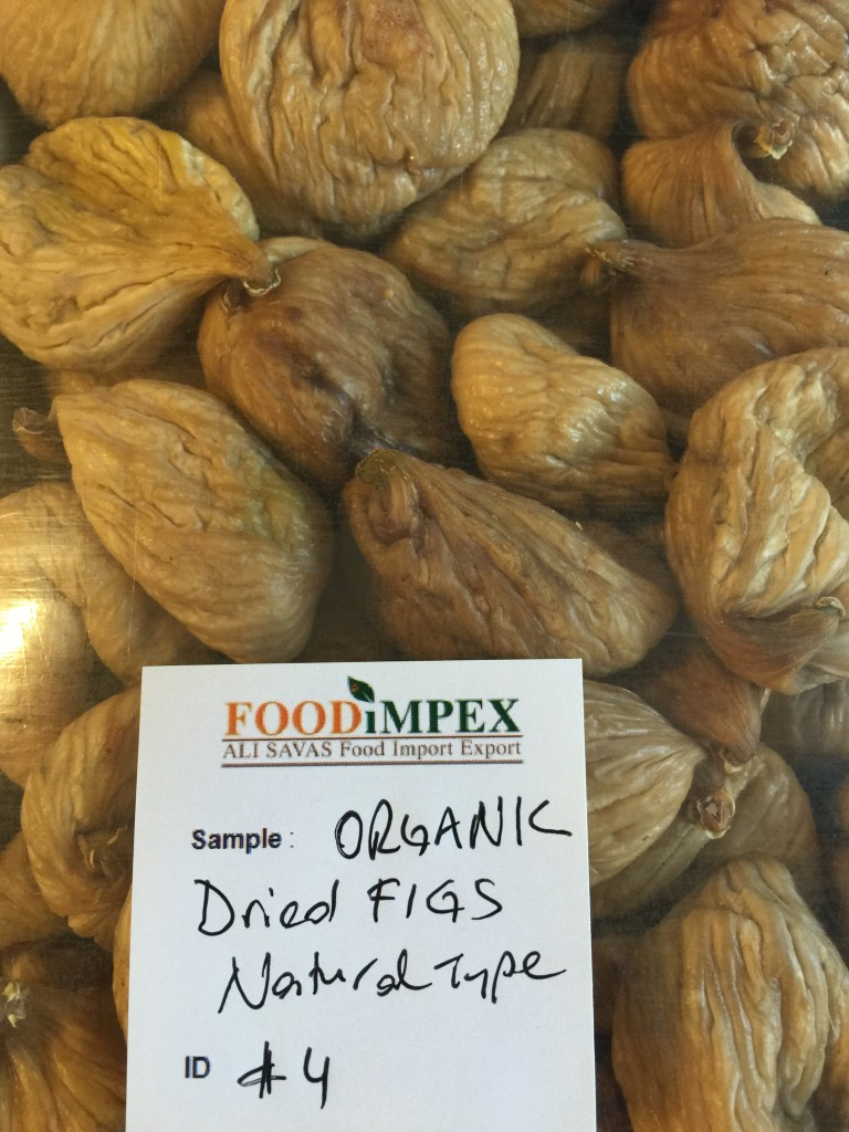 organic dried figs natural type