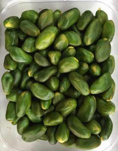 peeled green pistachio kernels
